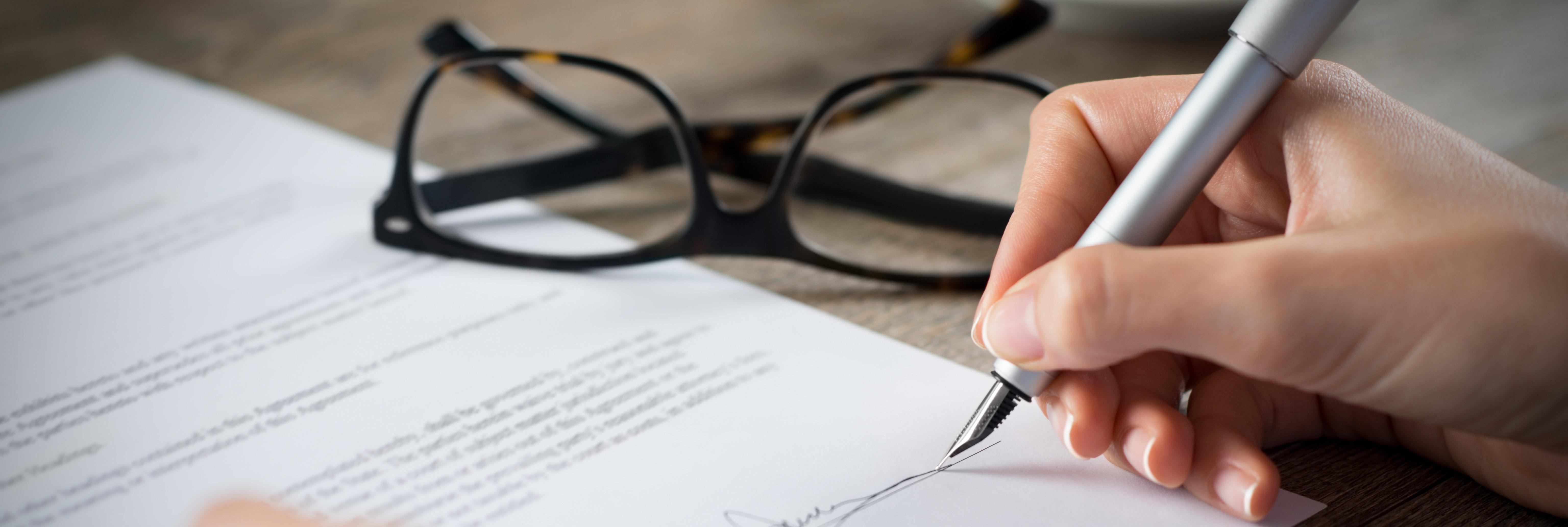 Stop oplichterij:||AFE Benelux helpt u met uw contract!